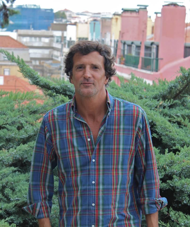 António Lobato Mello
