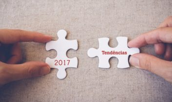 """Hands with puzzle pieces and """"2017 Vision"""" words"""