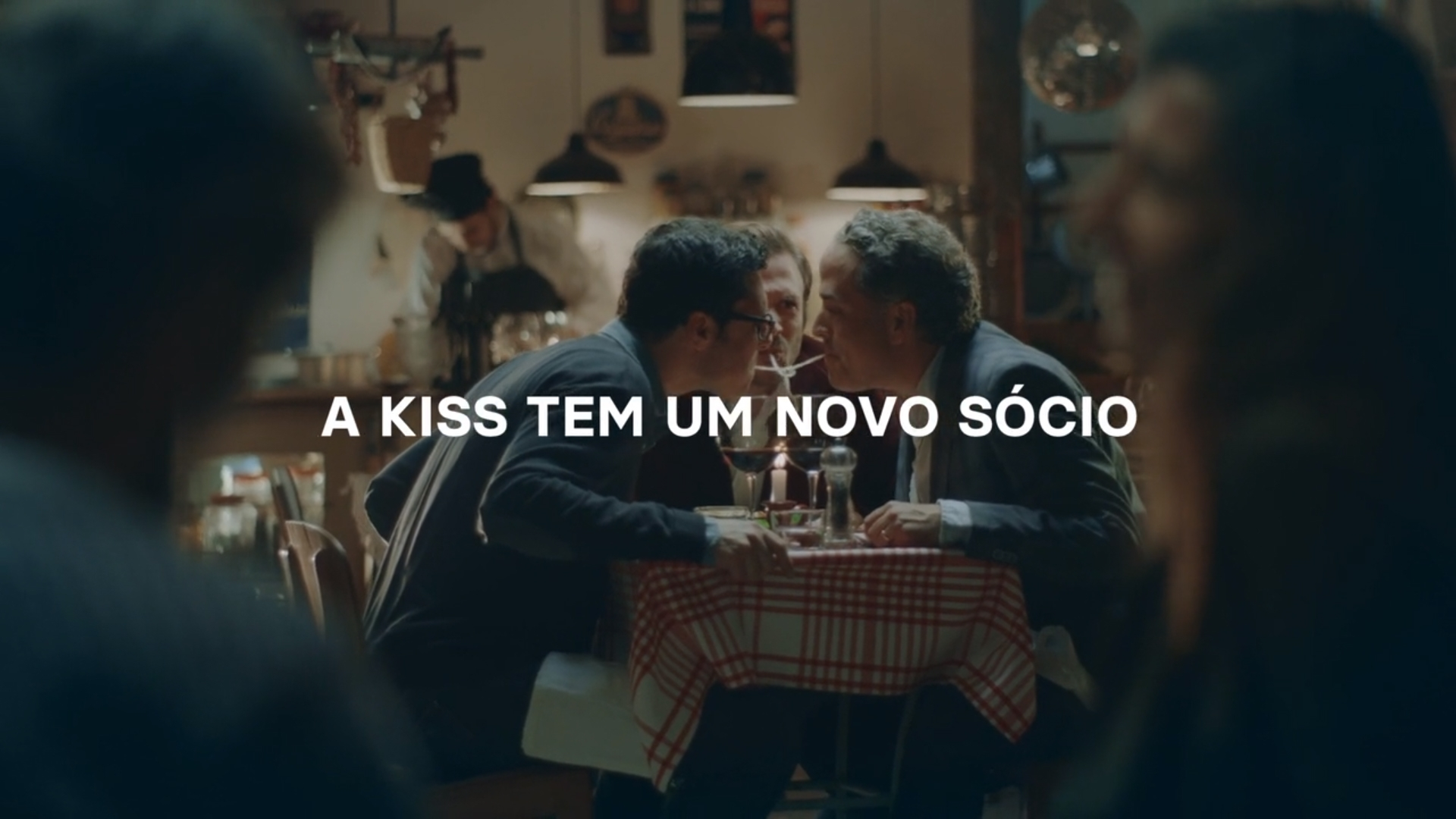 kiss (3)