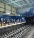 espaço metro Tunel parede netflix
