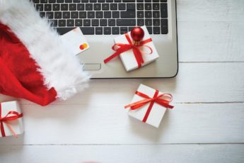 new-year-and-christmas-online-shopping-at-home-T4PU59L